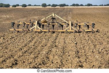 cultivator-harrow, seedbed