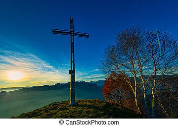 cumbre, de, un, montaña, con, cruz