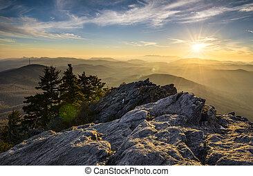 cume, montanha, pôr do sol, montanhas, appalachian, azul, parkway, avô, carolina norte, ocidental, nc