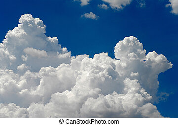 cumulus clouds - Big beautiful cumulus cloud