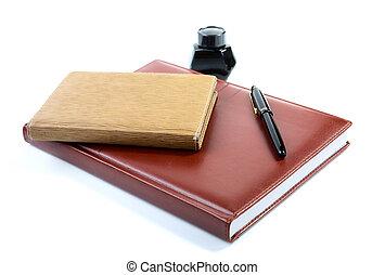 cuoio, inchiostro, fondo, penna, isolato, bianco, organizzatore