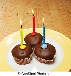 Cup cakes and candles