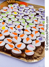 Cup cakes with balloons