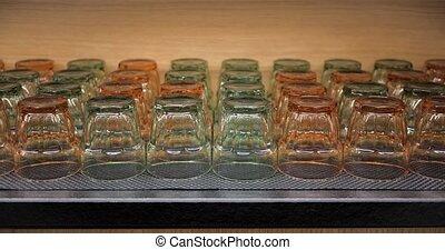 cupboard., verres potables, juice., bois, eau, ou, tourné, ...