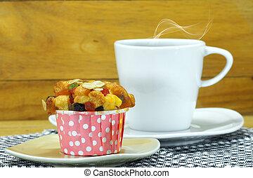 Cupcake and coffee.