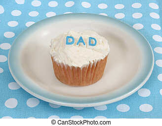 cupcake dad - cupcake with DAD on top