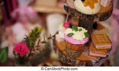 Cupcake dessert cake with fresh berries on a wood-2