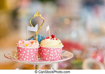 cupcake, en, estante