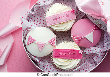 Cupcake gift box - Gift box of birthday cupcakes