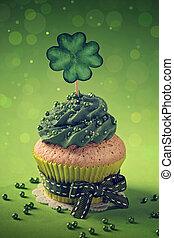 cupcake, met, klavertje, cakepick