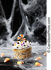 cupcake on a spider web - Halloween Cupcake on a spider web