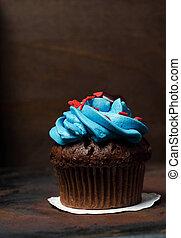 Cupcake with Mini-Hearts