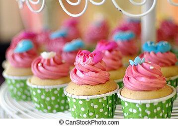 cupcakes tier