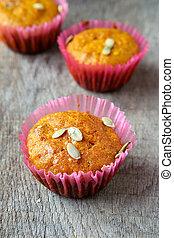 cupcakes with pumpkin