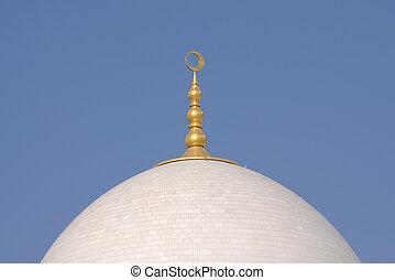 Cupola of the Sheikh Zayed Mosque in Abu Dhabi, UAE