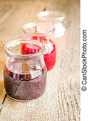 Currant jam with fresh berries