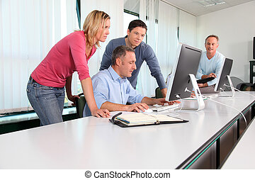 curso, entrenamiento, trabajadores, oficina