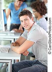 curso, homem, jovem, computando