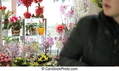 Customer Chooses Flower Gift