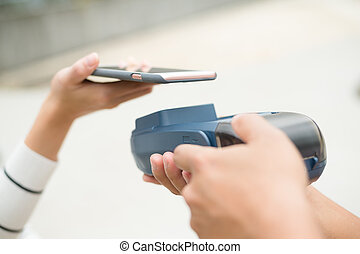 Customer pay on the bill with mobile phone