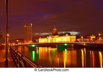 Customs House at night in Dublin