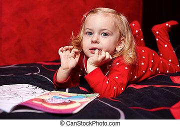 cute, menina, livro, leitura, cama