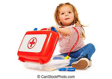 cute, menininha, com, um, brinquedo, doutores, instrumentos