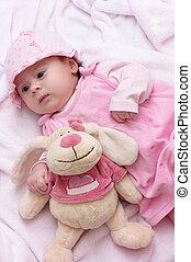 cute, menininha, em, vestido cor-de-rosa
