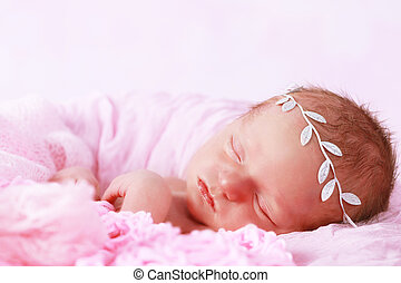 Cute newborn baby girl sleeping - Cute baby girl sleeping