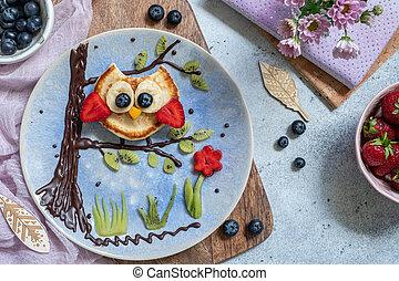 Cute owl pancake for kids breakfast