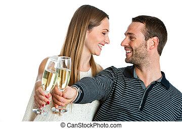 cute, par, fazer, um brinde, com, champanhe.