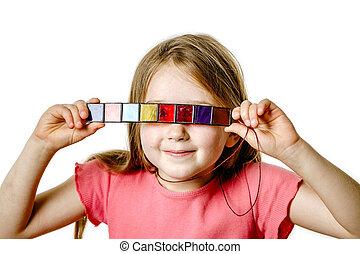cute, pequeno, coloridos, menina, tocando, óculos