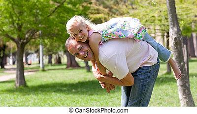 cute, pequeno, dela, pai, divertimento, menina, tendo