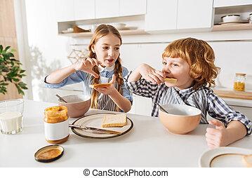cute, sanduíche, dela, irmão, vivamente, fazer, menina
