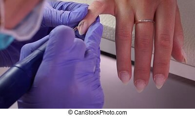 Cuticle removal macro - Cuticle removal start macro manicure
