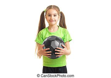 cutie, 小女孩, 在, 綠色的襯衫, 藏品, a, 足球, 在, 手