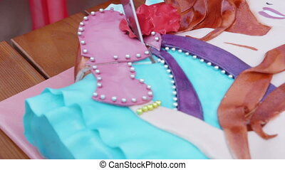 Cuting Kids cake