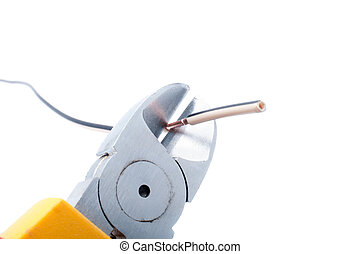 Cutting cable with nippers