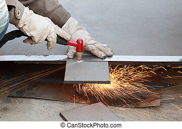 cutting of steel plate - sparks during working with air...