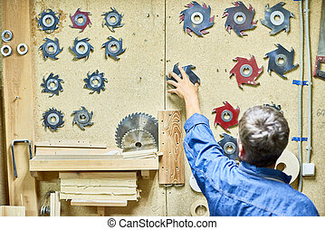 Cutting Tools in Carpentry