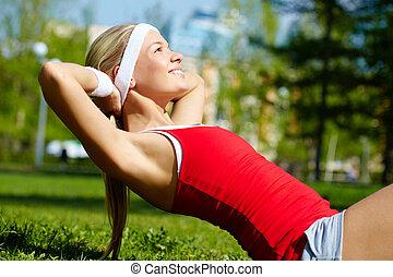cvičit, sportovní