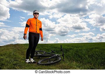cyclisme, pré, jeune, par, vert, route rurale, homme