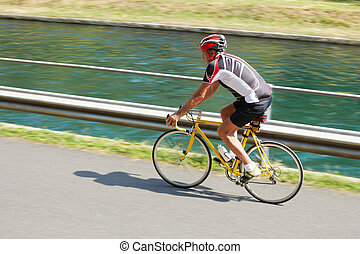 cycliste, personne agee