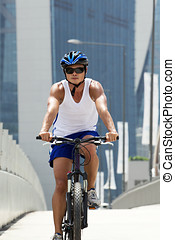 cycliste, vélo voyageant