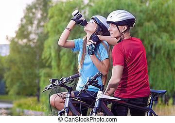 cyklist, vila, cykling, toget, ung, sport, caucasian, concept:
