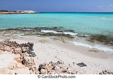 Cyprus vacation - Nissi Beach - Mediterranean Sea place in ...