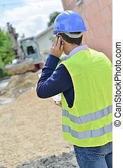 człowiek, na, telefon, przeglądnięcie, budowa umieszczenie