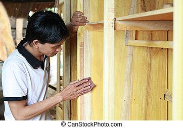 człowiek, pracujący dalejże, drewno, meble