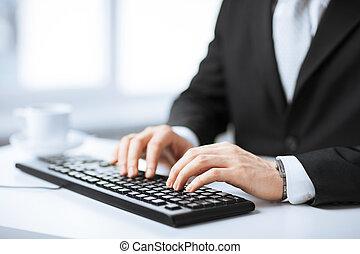człowiek, siła robocza, pisząc na maszynie, na, klawiatura