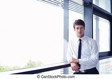 człowiek, szczęśliwy, biuro, handlowy, młody